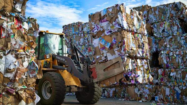 Фирма с лицензией на переработку отходов